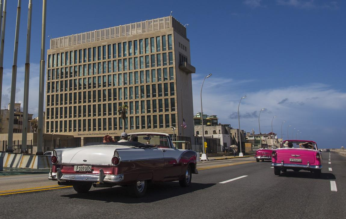 Dont Walk Away From Me Sound And Fury >> The Sound And The Fury Inside The Mystery Of The Havana Embassy Digg