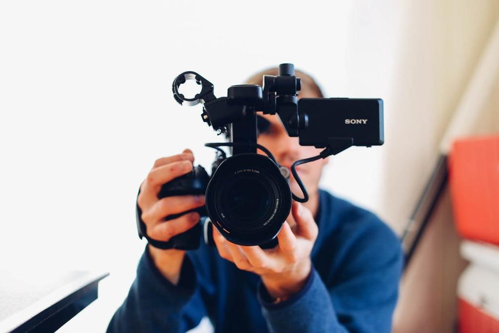 The 40 Way To Gain Professional Videographer