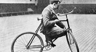 Pictures of Stunt Bikers from 100 Years Ago