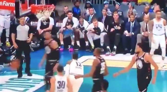 NBA Player's Jersey Appears To Switch Numbers After A Dunk