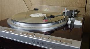 An Extremely In-Depth Review Of One Of The Last Great Turntables
