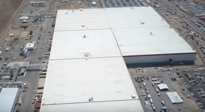 Tesla S Gigafactory Is Stupefyingly Huge Digg