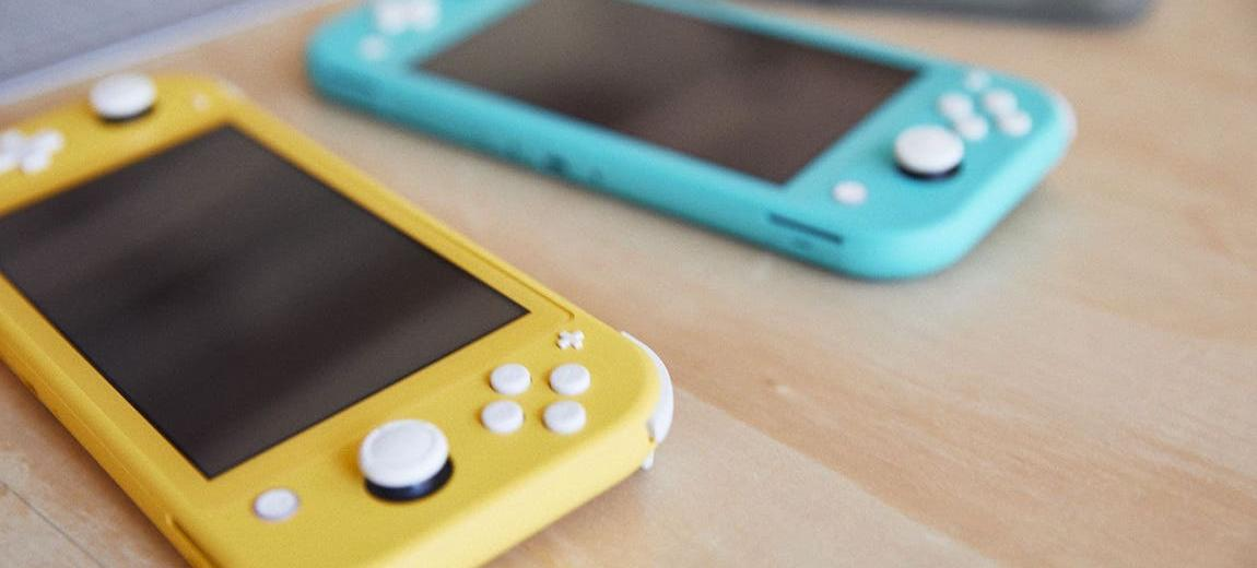 Is The Cheaper Nintendo Switch Lite Any Good? Here's What The Early Reviews Say