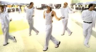 Enjoy This Super Mega Mashup Of All The Backstreet Boys' Hits