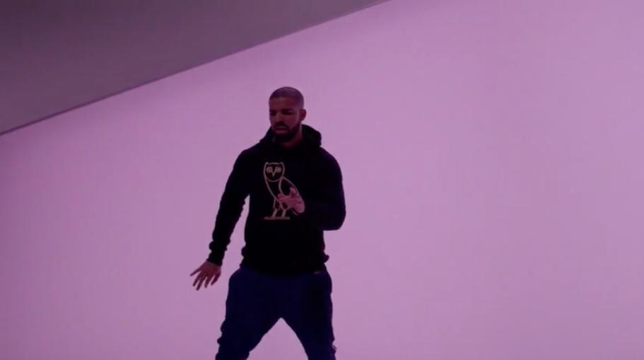 Drake Funny Dance Meme : The funniest memes inspired by drake s u chotline blingu d video vogue