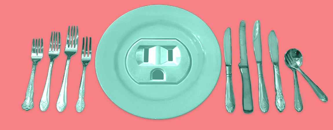 What Would Happen If You Stuck A Knife Into An Electrical Socket? - Digg