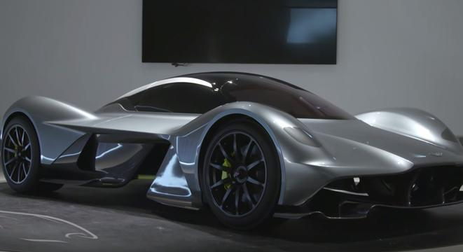 Genial Aston Martin Red Bull 001 Is What Happens When The British Hypercar Meets F1  Genius