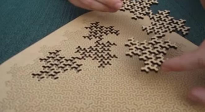 This Fractal Puzzle Is The Smartest Jigsaw Puzzle Out There Digg