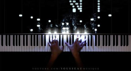 This LED Piano Playing Has Us Entranced Beyond Belief - Digg