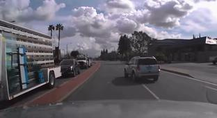Driver Finds Out The Hard Way Why You Should Always Signal Lane Changes