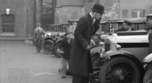 Real-Life Footage With Authentic Audio From 1928 England Will Knock Your Knickers Off