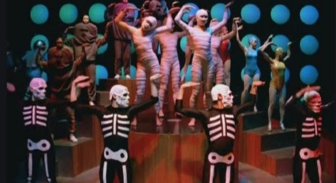 How Michel Gondry's Innovative Use Of Repetition Made His Music Videos Stand Out On MTV