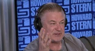 Alec Baldwin Tells Howard Stern About His Stint In Anger Management Classes