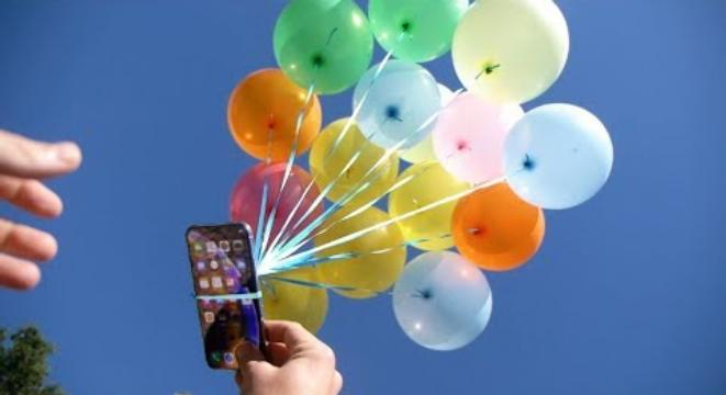 Guy Places HisiPhoneXS In A Box Tethered To Balloons And Sends It Sky High