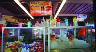 Doctors Bring Diabetes Care to Patients at Valley Flea Markets