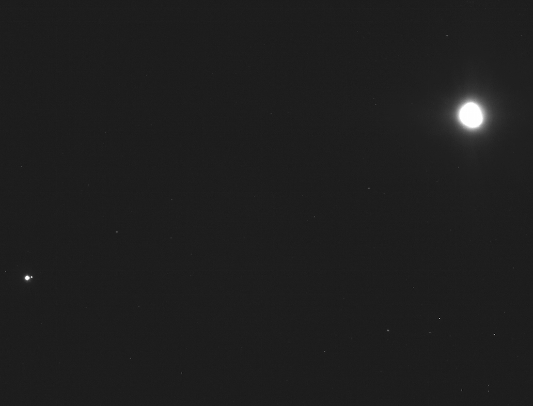 This Photo Of The Earth And Moon, Taken From 71 Million Miles Away, Will Take Your Breath Away