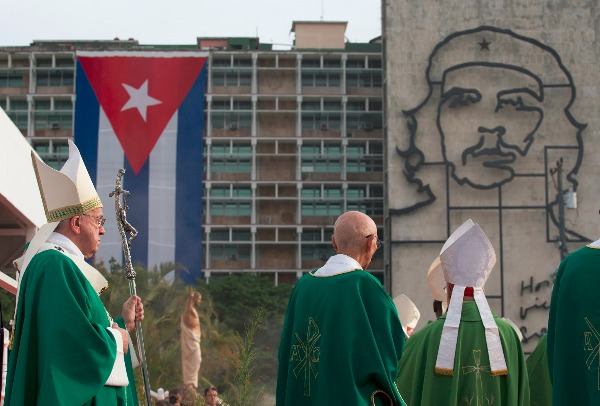 Image: Pope Francis holds his pastoral staff as he arrives to celebrate Mass at Revolution Plaza in Havana, Cuba, Sunday, Sept. 20, 2015, where a sculpture of revolutionary hero Ernesto