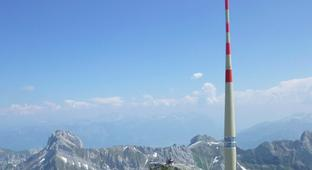 This Cell Tower In The Swiss Alps Is Struck By Lightning More Than 100 Times A Year