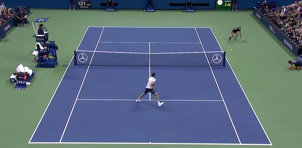 Rafael Nadal Hits An Absurd Around-The-Net Winner - Digg