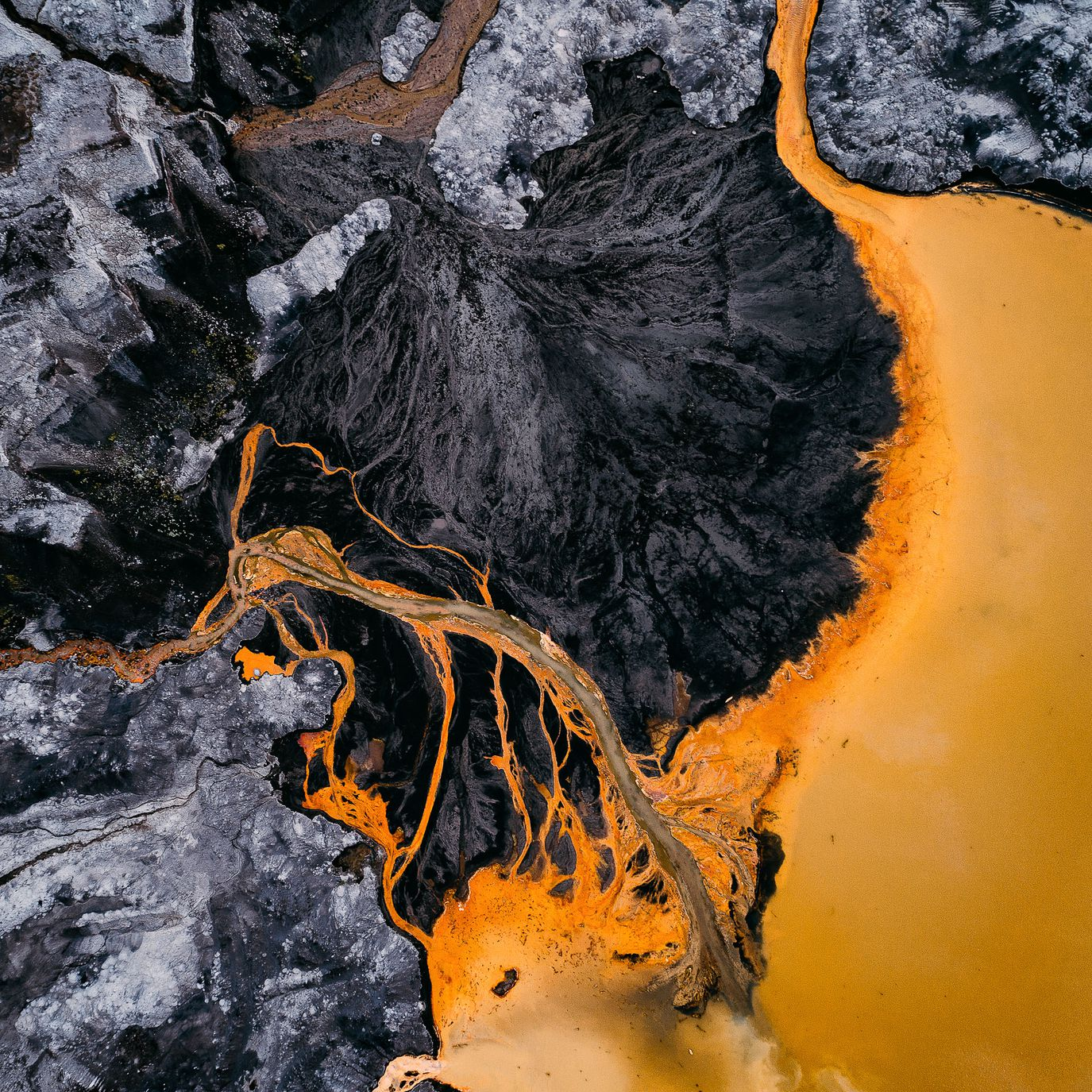 Tom Hegen's Aerial Photography Captures The Human Impact On Natural Landscapes
