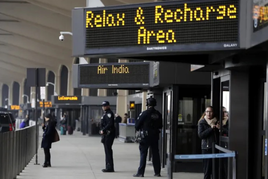 What Caused The Mass Panic At Newark Airport? Racism