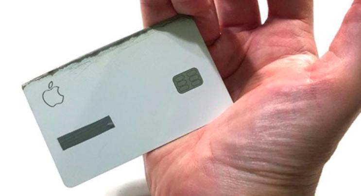 Man Turns Titanium Apple Credit Card Into A Sharp Knife - Digg