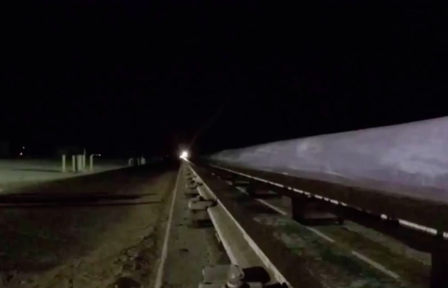 Watch A Hypersonic Sled Travel At A Ridiculously Fast 6,599 Miles Per Hour
