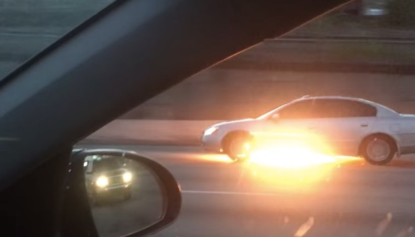 Car On Fire Captured Driving On The Highway - Digg
