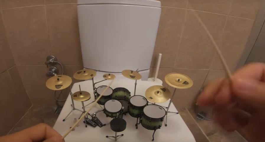 Musician Plays 'System Of A Down' On A Very Tiny Set Of Drums - Digg