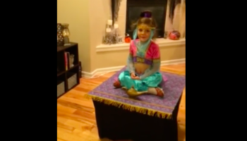 Girl's Genius Genie Costume Allows Her To 'Fly' On Magic Carpet