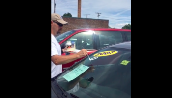 We're Taken Aback By How Beautiful This Man's Calligraphy On Cars Is