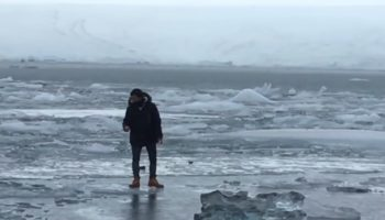 Tourist In Iceland Ignores 'Don't Walk On The Ice' Signs, Starts Floating Away On A Chunk Of Ice