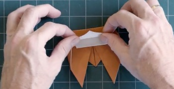 Origami Expert Demonstrates The Skill Levels Required For Making 'Cicada' Paper Folds From Beginner To God-Tier