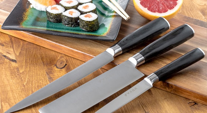 This Beautiful Japanese Knife Set Is Less Than $60 Now