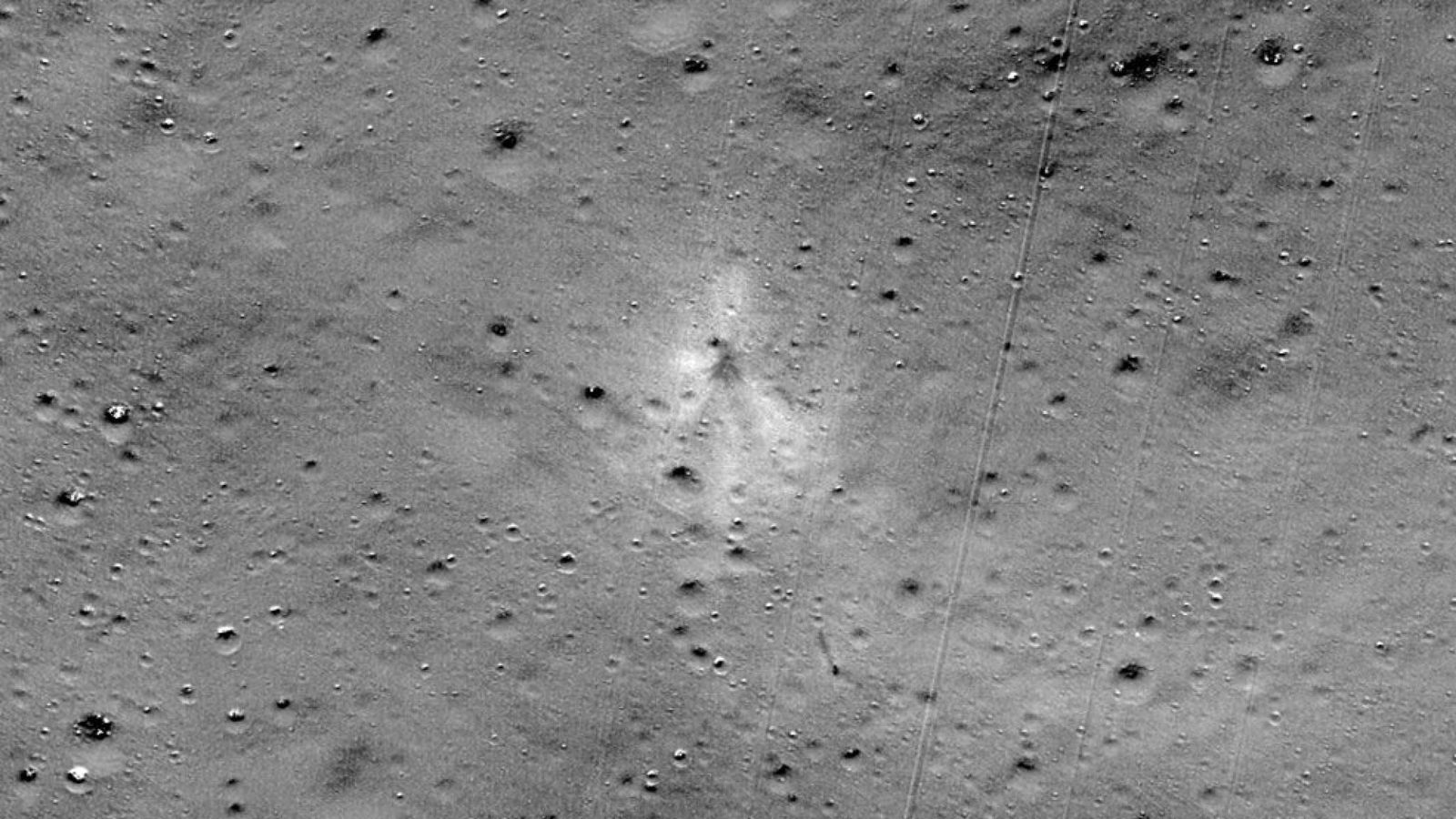 NASA Finds Lost Indian Spacecraft With Help From Amateur Astronomer