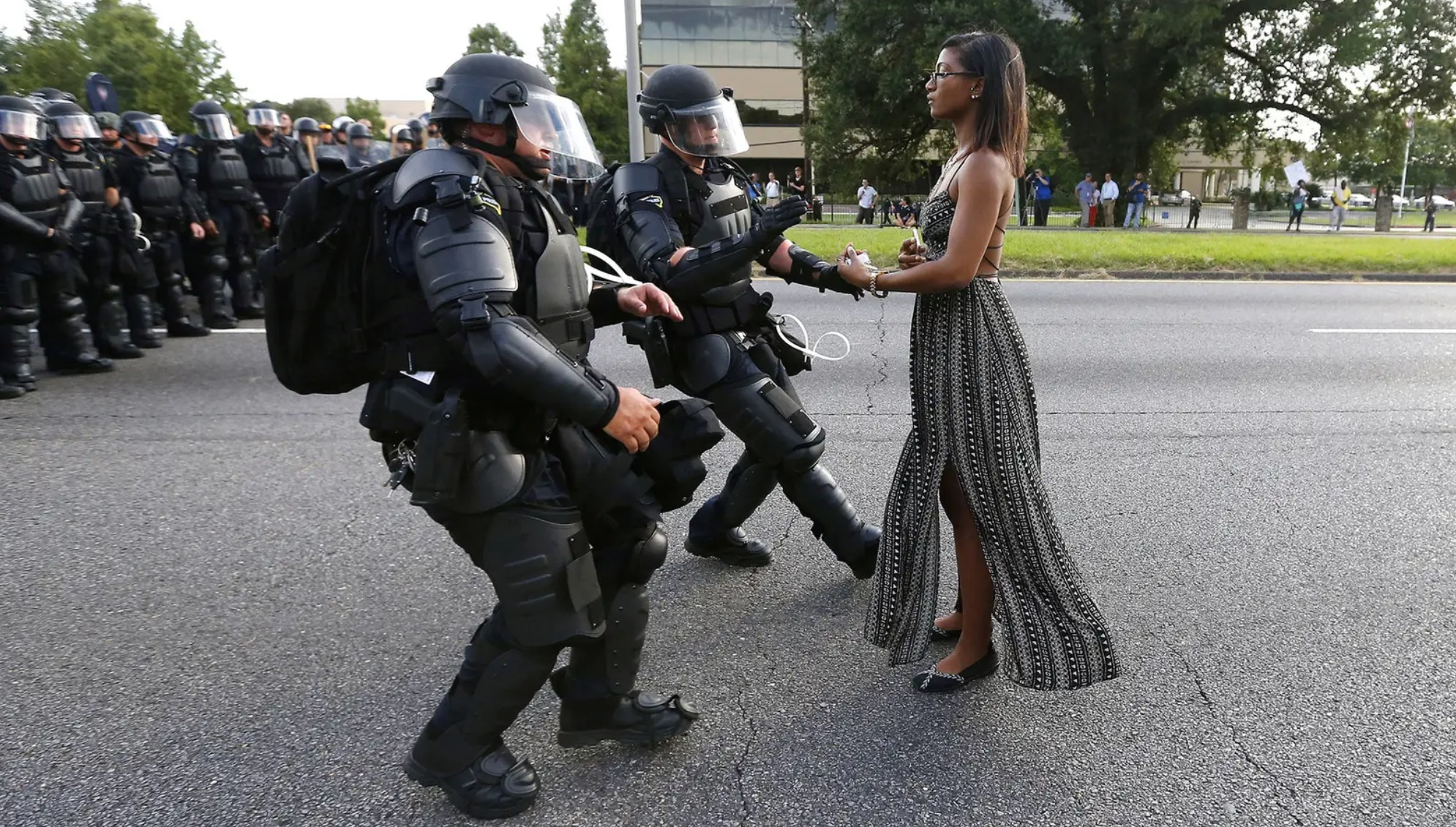 76 Of The Most Powerful Photos Of The Decade