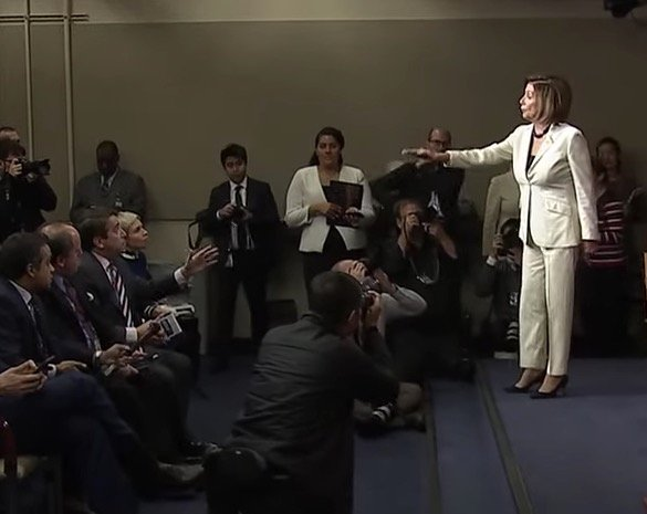 Nancy Pelosi Bluntly Responds To Reporter Who Asks If She Hates Trump: 'Don't Mess With Me'