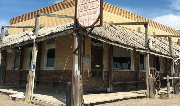 For Sale: The Only Bar In A 14-Person Montana Town