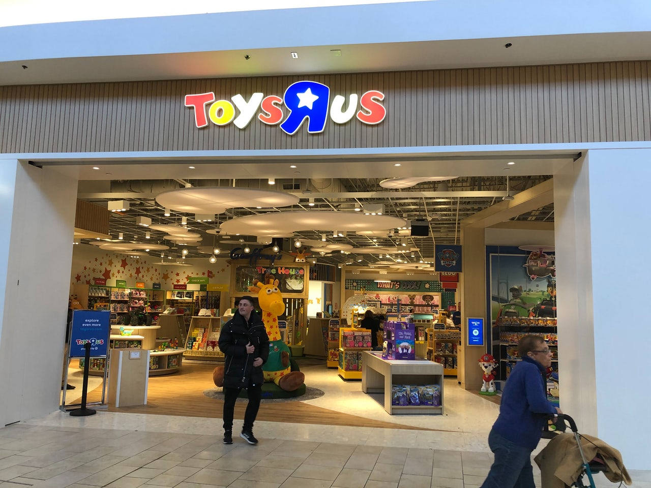 I Went To The New, Zombie Toys 'R' Us Store