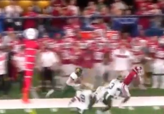 Watch Oklahoma Sooners Wide Receiver CeeDee Lamb Evade Nearly Every Baylor Tackle For An Incredible 71-Yard Return