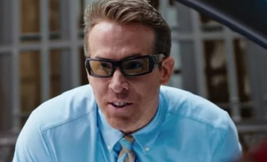 Ryan Reynolds Realizes He's Trapped Inside A Video Game In 'Free Guy' Trailer