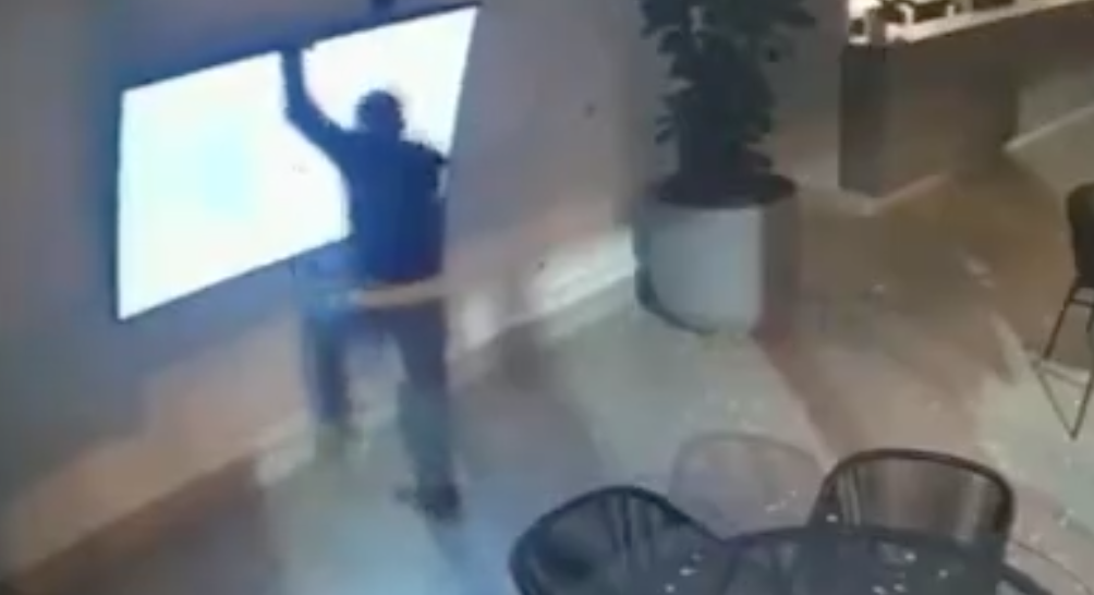 Three Thieves Try To Steal A Wall-Mounted TV, But Nothing About The Heist Goes As Planned