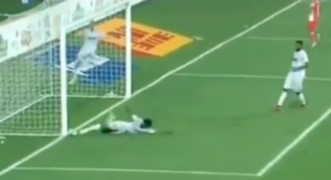 Guy Has Hilarious Commentary For This Soccer Player Making A Very Painful Save