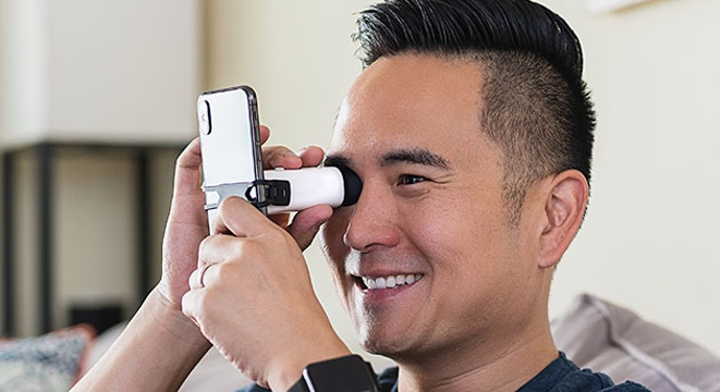 Skip the Optometrist and Check Your Eyesight at Home with This Device