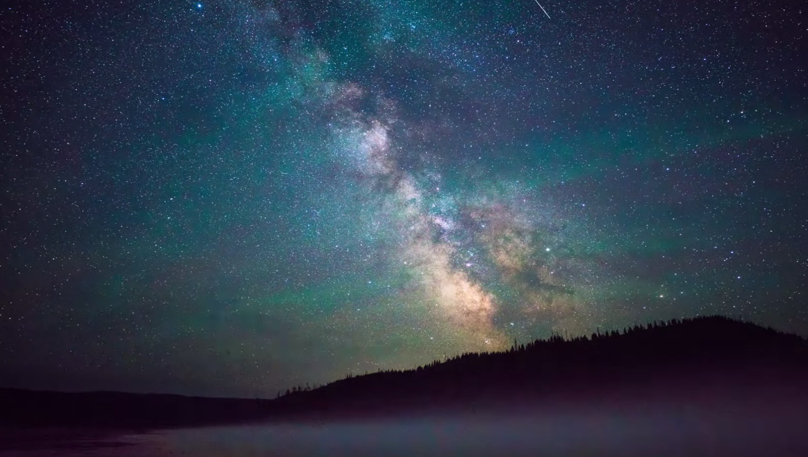 Time-Lapse Video Shows What The Night Sky Looks Like With Drastically Different Levels Of Light Pollution