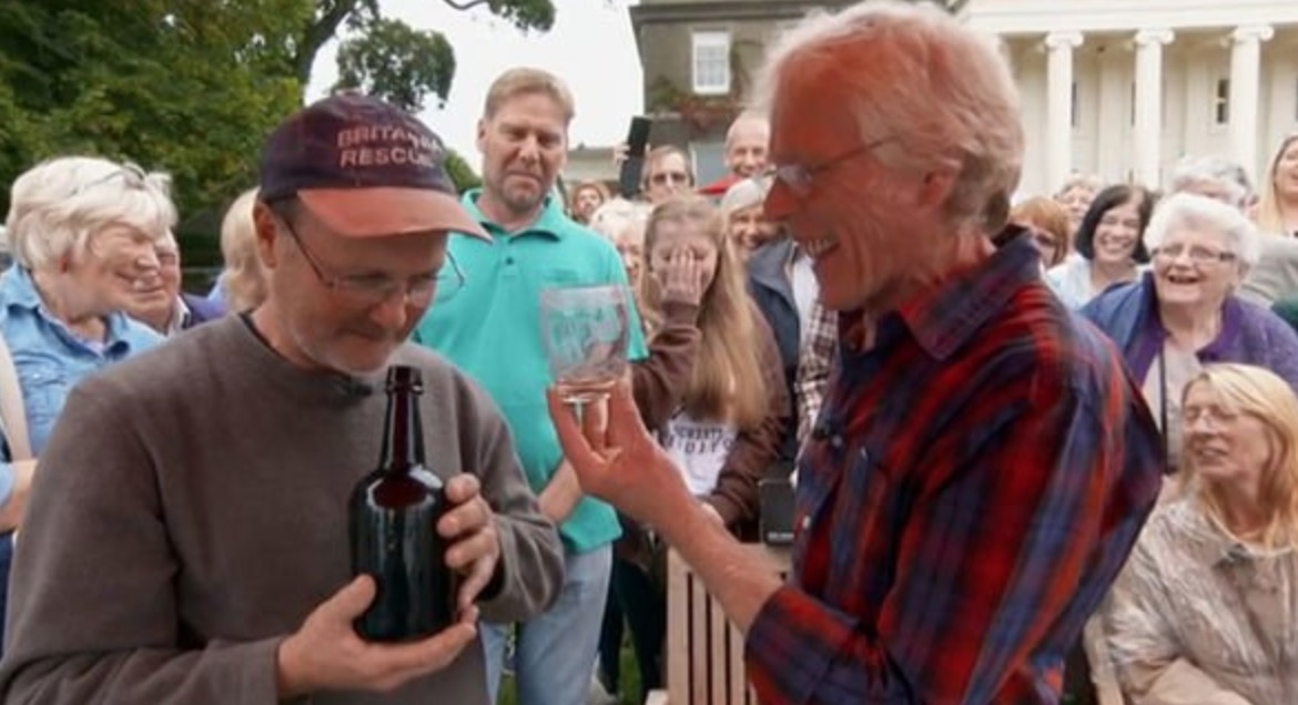 'Antiques Roadshow' Expert Tastes '150-Year-Old Port,' Discovers It's Actually Urine
