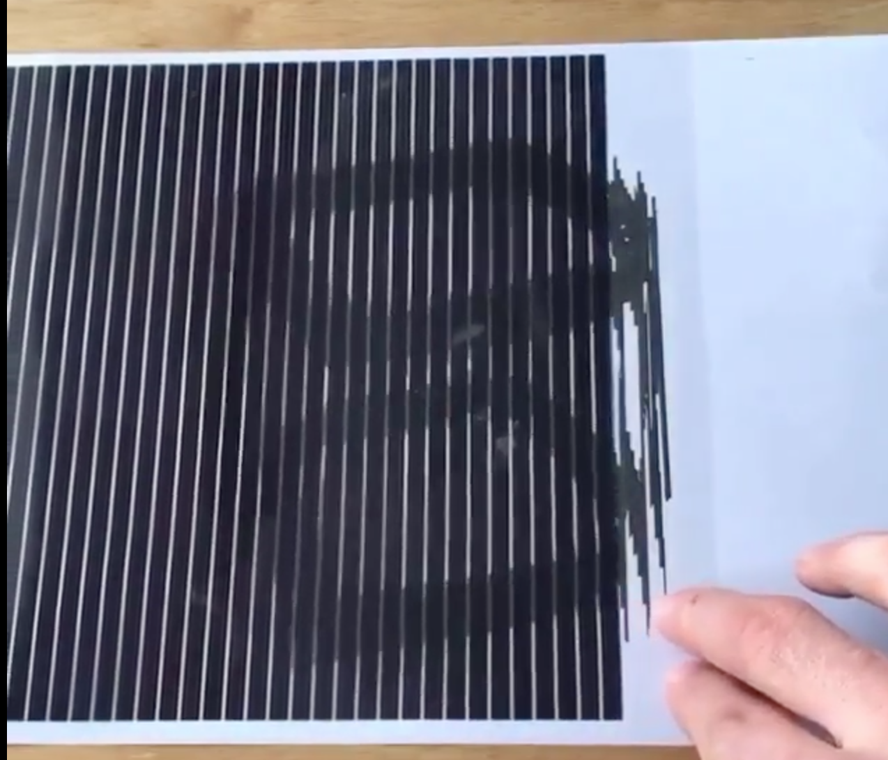 This Clever Use Of The Barrier Grid Animation Effect Is Pure Black Magic