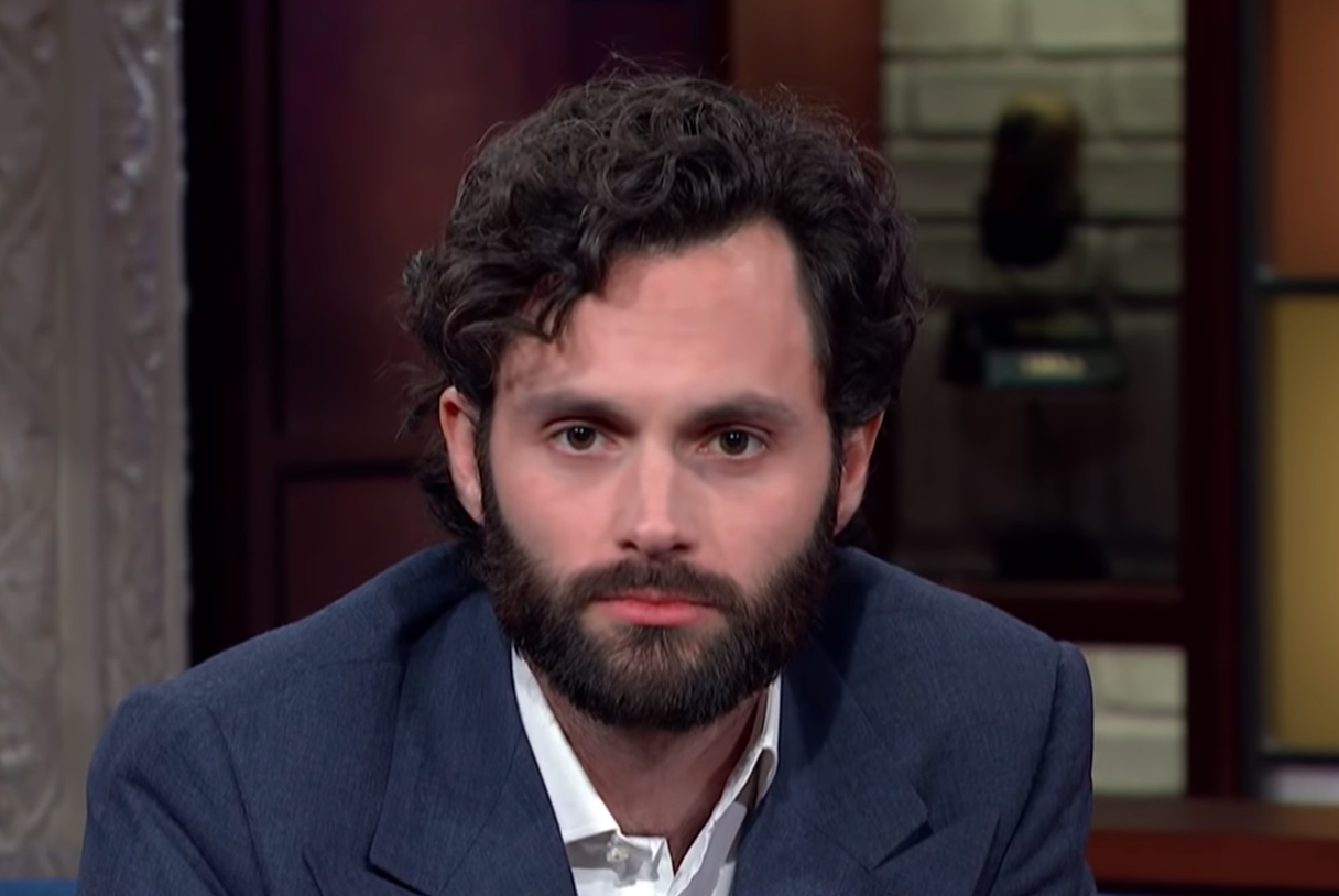 'You' Star Penn Badgley Demonstrates How Easy It Is For His Face To Change From Charming To Creepy