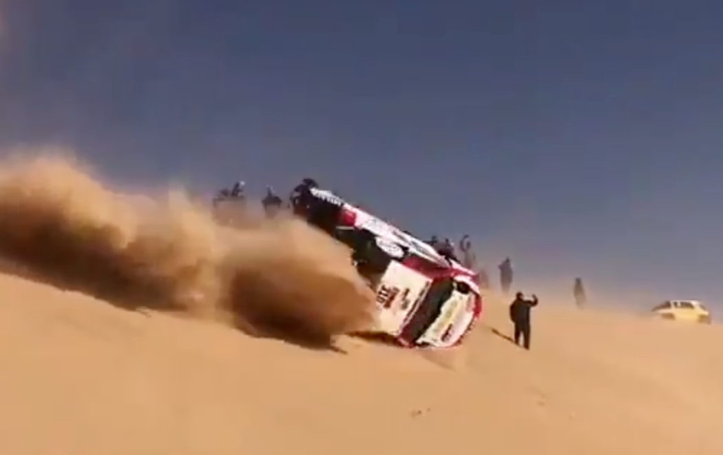 Dakar Rally Car Does A 720-Degree Roll On Sand Dune, Keeps On Driving Like Nothing Has Happened