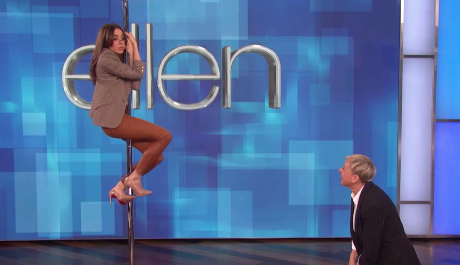 Aubrey Plaza Tries To Channel Jennifer Lopez On A Pole On Ellen DeGeneres's Show And The Result Is, Um, Not Pretty